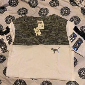 Gray & white t shirt